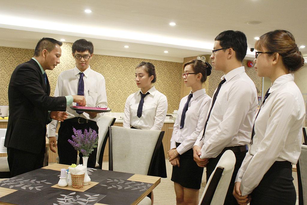 đào tạo và cấp chứng chỉ quản trị nhà hàng khách sạn tại hải phòng